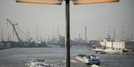 Wantrouwen over grote havenfusie groeit