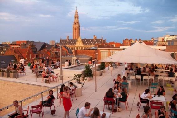 Dakterras Leuvens M-Museum wordt opnieuw zomerbar