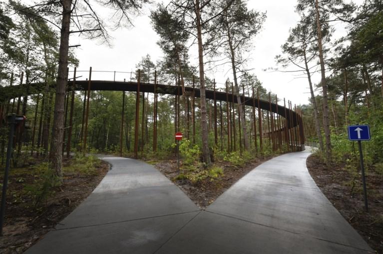 Fietspad in Limburg zweeft tien meter boven de grond