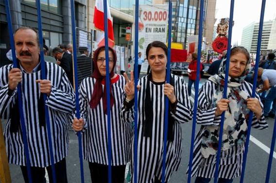 Honderden manifestanten betogen in Brussel tegen Iraanse regime