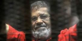 Vroegere Egyptische president Mohamed Morsi tijdens proces overleden