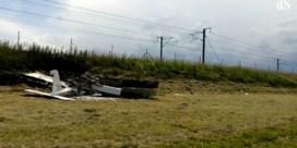 Sportvliegtuig stort neer naast E40: slachtoffers niet in levensgevaar