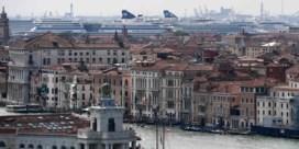 Burgemeester Venetië wil stad op Unescolijst van bedreigd werelderfgoed