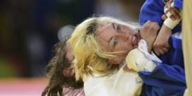 """Judoka Charline Van Snick meteen uitgeschakeld op Europese Spelen:  """"Dit voelt onrechtvaardig aan"""""""