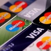 ZOMERCHECK. Betaalt u op vakantie best met uw kredietkaart?
