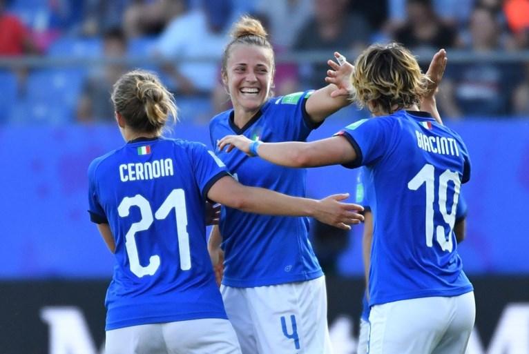 Italiaanse vrouwen op WK naar kwartfinales ten koste van China