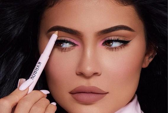 Kylie Jenner denkt eraan make-uplijn te verkopen