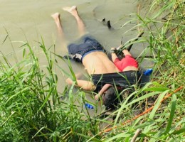 Beeld van verdronken migranten Óscar en Valeria gaat de wereld rond
