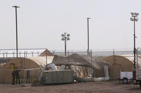 Horror aan de grens tussen VS en Mexico: 'Het stinkt hier, de kinderen hebben honger'