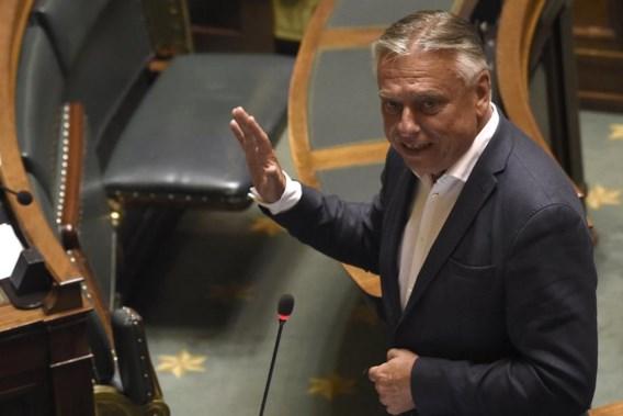 Dewael verkozen tot tijdelijke voorzitter van de Kamer