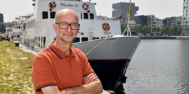 Toeristenboot Flandria organiseert rondvaarten in Deurganckdok