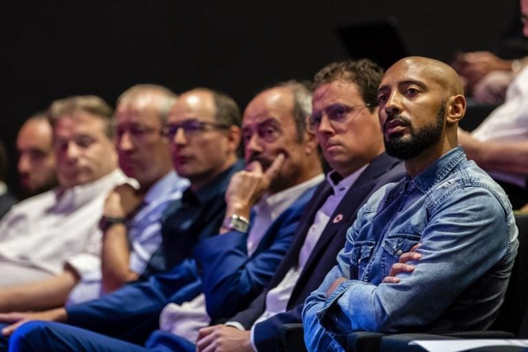 """Impact van Vincent Kompany op Anderlecht is nu al groot: """"Hij brengt structuur en spelers beginnen hem te begrijpen"""""""