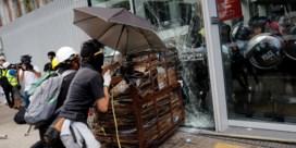 Jonge Hongkongers dagen Peking uit