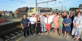Meerderheid en oppositie op straat voor meer treinen