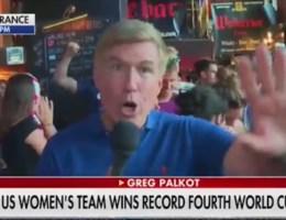 En plots weerklinkt er 'Fuck Trump' op Fox News
