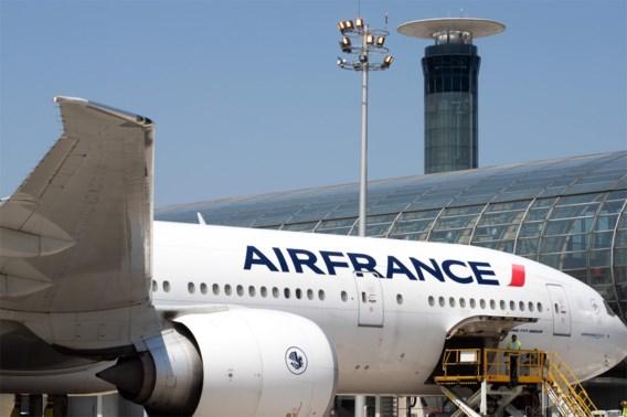 Frankrijk voert volgend jaar milieutaks op vliegtuigtickets in