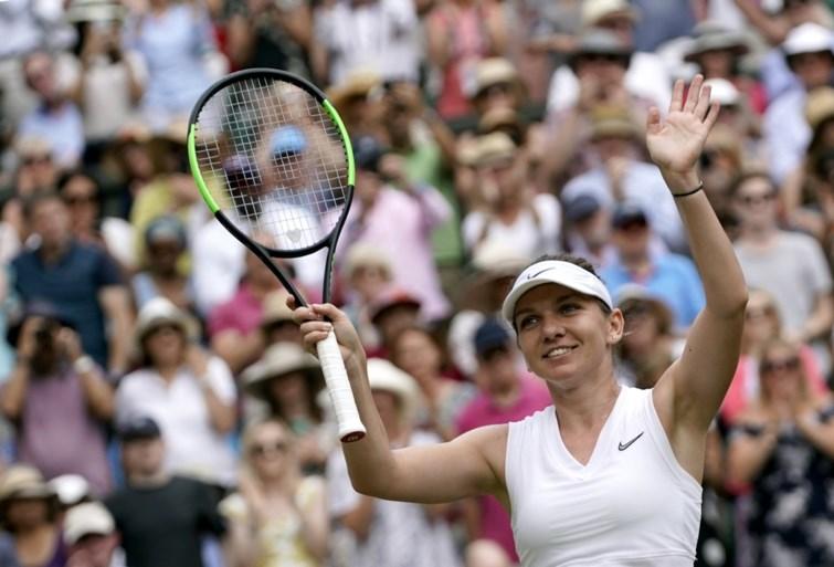 Serena Williams plaatst zich probleemloos voor vrouwenfinale op Wimbledon, daarin treft ze Simona Halep