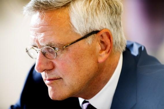 Peeters geeft e-mail Van Dijck vrij: 'Procedure moet correct verlopen, maar graag enige spoed'