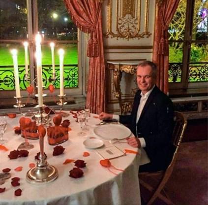 Franse minister mag aanblijven ondanks kritiek op weelderige diners en gesjoemel met sociale woning