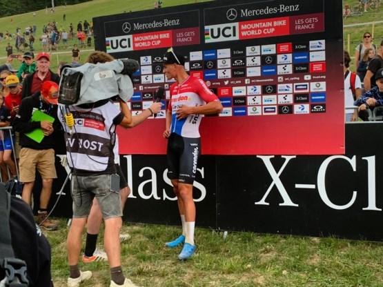 Mathieu van der Poel de beste in short track op WB-manche in het Franse Les Gets