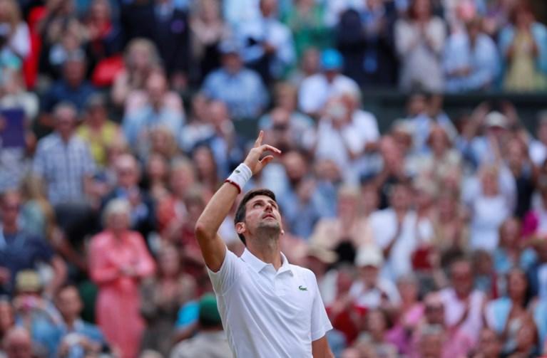 Novak Djokovic verlengt titel op Wimbledon na tiebreak en 12-12 (!) in vijfde set tegen Roger Federer: wat een finale...