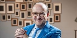 Bekendste antiquair van Vlaanderen wordt priester: 'Excuses zijn op'
