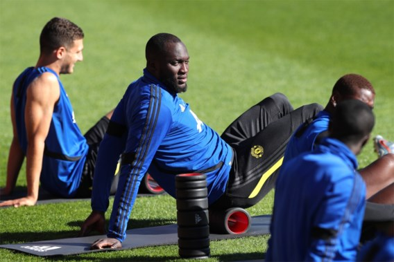 """Romelu Lukaku is """"niet fit"""" voor duel tegen Inter, Antonio Conte zet druk voor komst van Rode Duivel"""