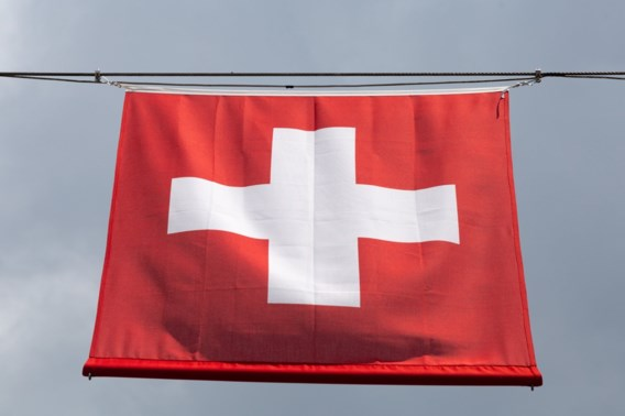 Tweehonderd mensen met helikopters geëvacueerd na defect kabelbaan in Zwitserland