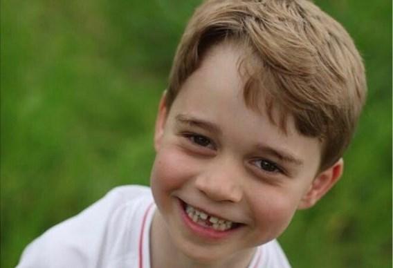 Kensington Palace deelt nieuwe foto's van prins George voor zesde verjaardag
