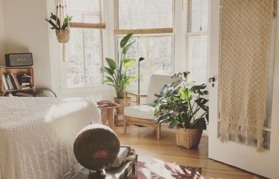 Hoe houd je je huis koel zónder airco? Enkele trucjes uit de fysica