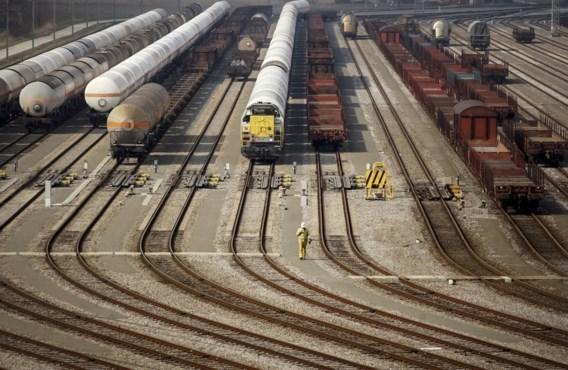 Infrabel waarschuwt dat besparingen leiden tot het sluiten van spoornetten