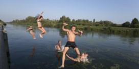 Wildzwemmen mag in veel landen, maar niet bij ons