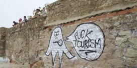 Activisten vernielen huurauto's toeristen op Mallorca