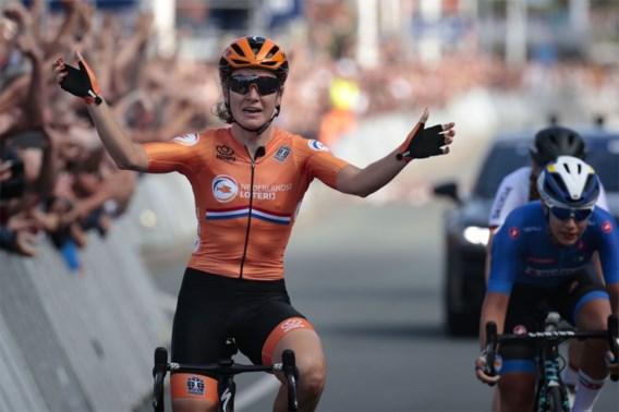 Amy Pieters bezorgt Nederland de Europese titel in een spurt met drie