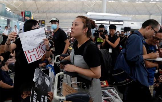Luchthaven Hongkong moet alle vertrekkende vluchten annuleren door manifestanten