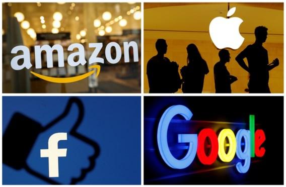 Ook Facebook liet onderaannemers naar opnames van gesprekken luisteren