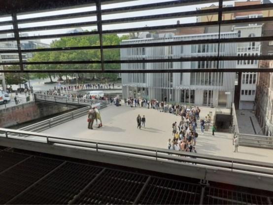 Blokken in Gentse bibliotheek? Schuif maar aan