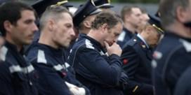 Indrukwekkende erehaag voor omgekomen brandweermannen