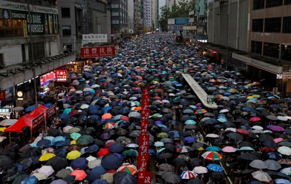 Meer dan miljoen Hongkongers op straat, beweren organisatoren