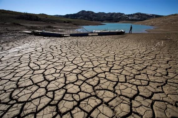 Zuidelijke droogte versterkte extreme hittegolven in Europa