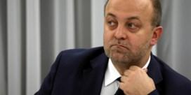 Smeercampagne tegen rechters kost Poolse minister de kop