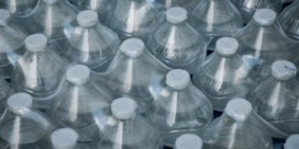WHO niet bezorgd om plasticdeeltjes in water