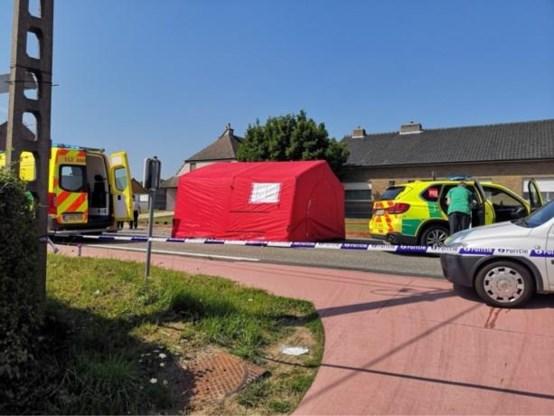 Fietser (50) sterft na aanrijding met SUV in Sint-Lievens-Houtem