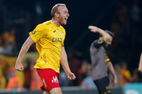 KV Oostende verrast, Mechelen niet alleen leider