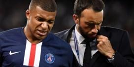 PSG plots zonder topspitsen: Mbappé enkele weken aan de kant, ook Cavani even out en Neymar niet in selectie