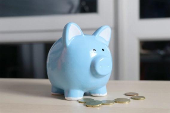 Nieuw op 1 september: opslag voor half miljoen Vlamingen en hogere banktarieven