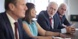 Oppositie vormt front tegen harde Brexit