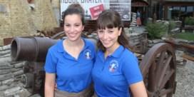 Niet een, maar twee 'beste jobstudenten' dit jaar: Ieperse tweeling bekroond