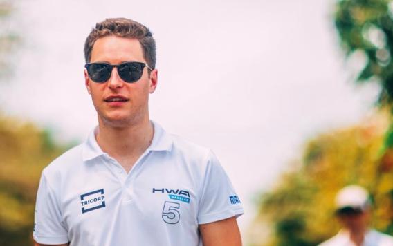 Stoffel Vandoorne rijdt voor het Mercedes Formule E team