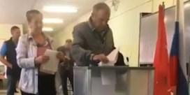 Bewijzen deze beelden gesjoemel bij verkiezingen in Rusland?